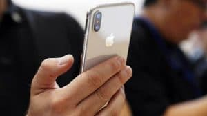 Apple Facetime bug Callers See You Without You Picking Call